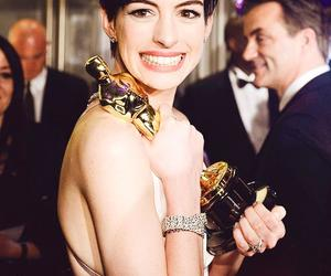 Anne Hathaway image
