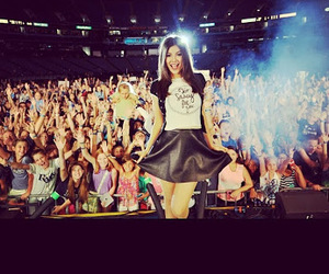 photo and victoria justice image