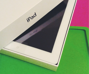 white, ipad3, and mini ipad image