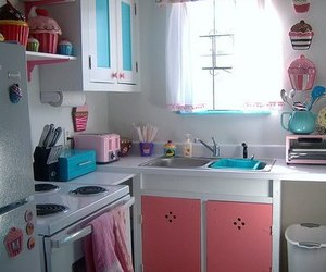 kitchen, cupcake, and pink image