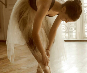ballerina, photography, and pointe image