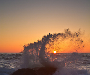 sun and waves image