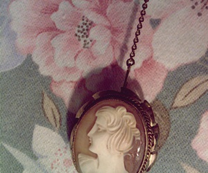 jewerly and vintage image