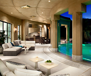 pool and luxe image