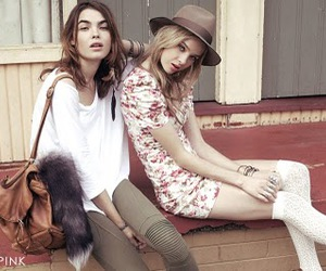 bambi, brunette, and friendship image