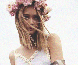flowers, hair, and pretty image