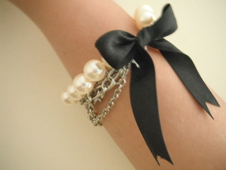 accessories, bracelets, and chains image
