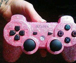 pink, game, and glitter image
