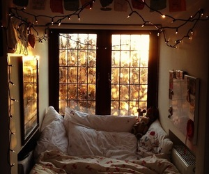 bedroom, lights, and old image