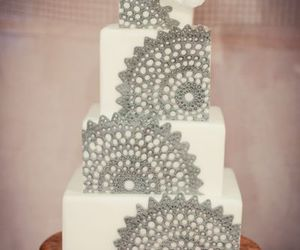 grey, wedding cake, and pearls image