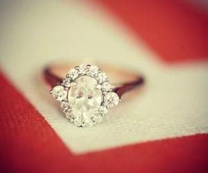 jewelry, anniversary, and emerald image
