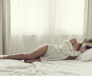 bed, blonde, and woman image