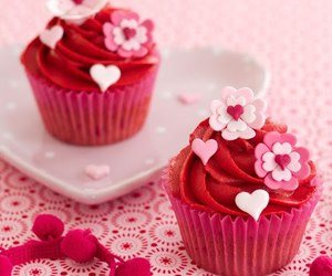 cupcake, pink, and red image