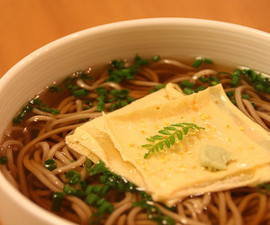 food, noodles, and japanese food image