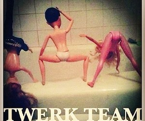 :D and twerk image