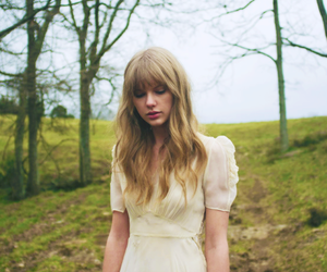 Taylor Swift, safe and sound, and taylor image