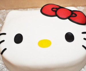 cake and hello kitty image