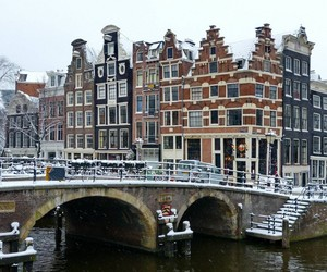 amsterdam and snow image
