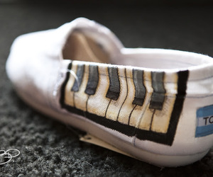 piano keys, shoes, and toms image