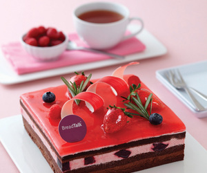 chocolate, strawberry, and breadtalk image