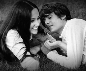 couple, romeo and juliet, and famous image