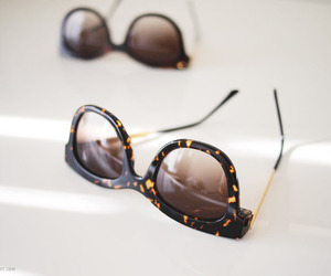 accessories, jewellery, and sunglasses image