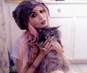 audrey kitching and cat image