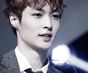 lay, exo, and exo-m image