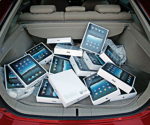 ipad, apple, and car image