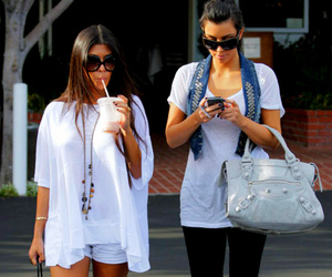 kim kardashian, kardashians, and kourtney kardashian image