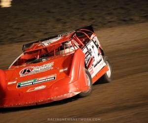 red, sports photography, and dirt track image