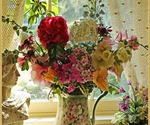 flowers, home decoration, and shabby chic image