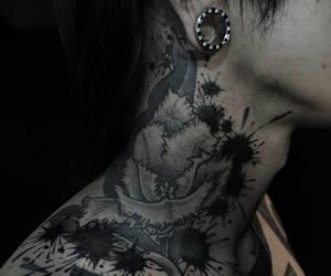diamond, tattoo, and Plugs image