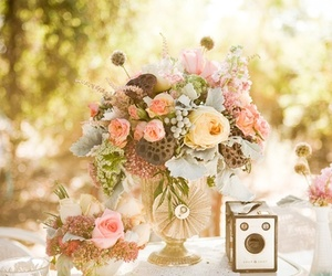 flowers, vintage, and bouquet image