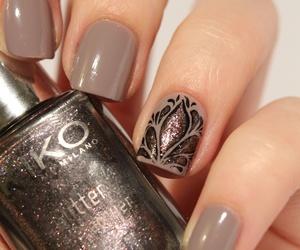 nails, nail art, and brown image