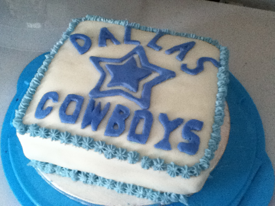 Fine Dallas Cowboys Birthday Cake For My Sisters 16Th Tommorow Personalised Birthday Cards Paralily Jamesorg