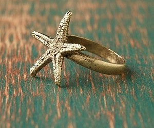 ring, star, and gold image