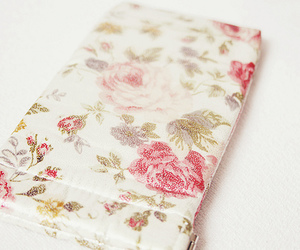 floral, girly, and pink image