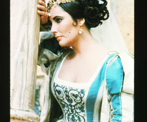 beautiful, Elizabeth Taylor, and taming of the shrew image