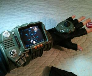 game, fallout 3, and pipboy image