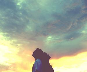 couple and sky image