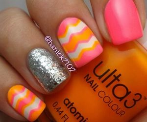 chevron, colorfull, and nails image