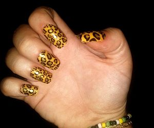 beauty, leopardo, and nails image