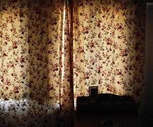 flowers, vintage, and room image