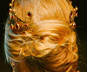 crown, hair, and Queen image