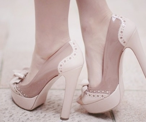 bow, fashion, and heels image