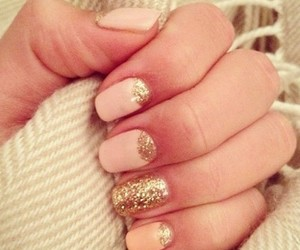 manicure, nails, and sparkly image