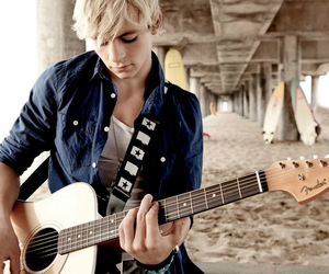 ross lynch, r5, and guitar image
