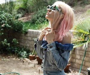 pink hair, grunge, and model image