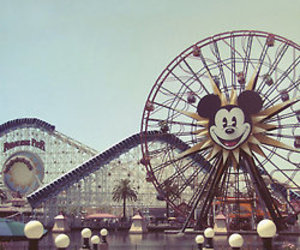 juegos, mickey mouse, and parque image